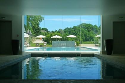 piscine-dedans-dehors-743362
